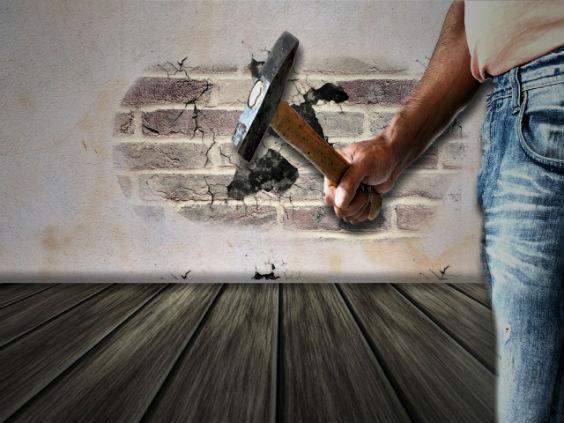 hammer arbeit mauer d4 564