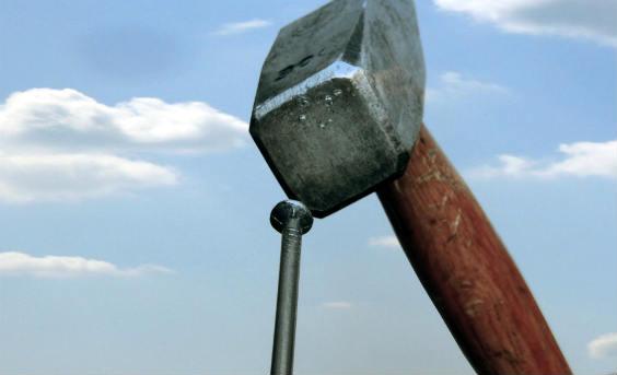 hammer nagel himmerl 564