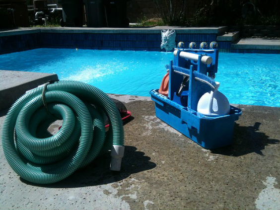 pool reinigung pumpe x 564