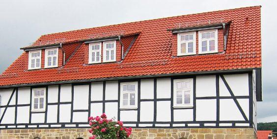 dachgauben dach zu 564