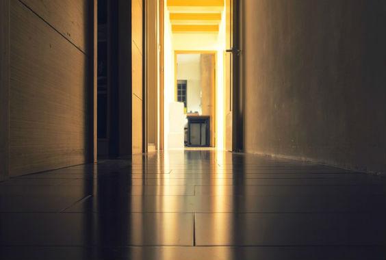 das zuhause ins rechte licht r cken. Black Bedroom Furniture Sets. Home Design Ideas