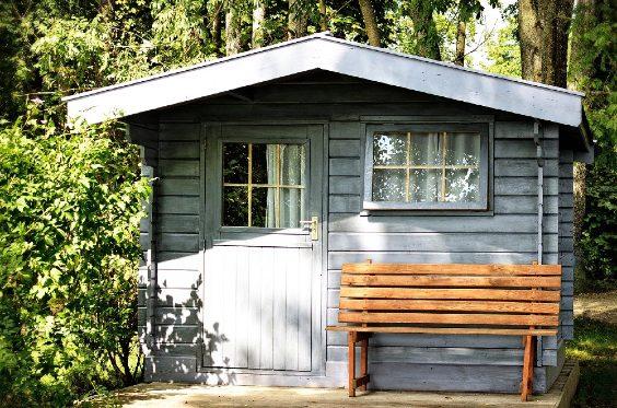 Gartenhaus blau Bank