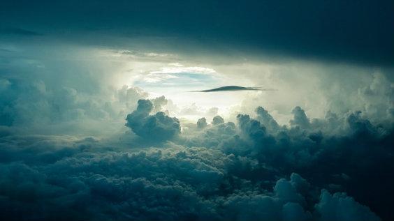 himmel licht loch 564