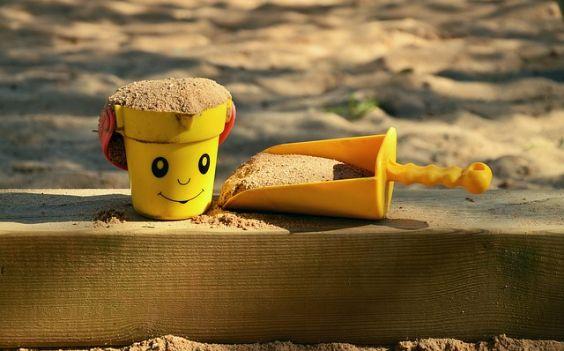 sandkasten form smiley