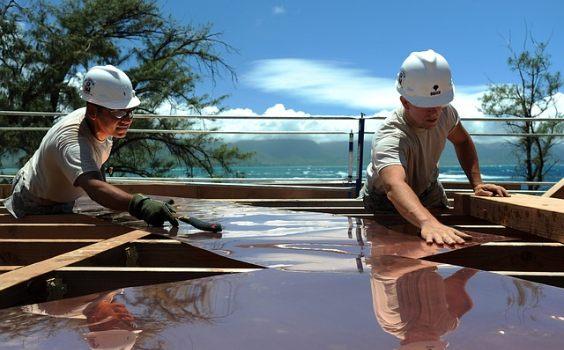 sommer handwerker dach p