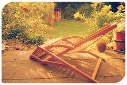 Desgin-Gartenmöbel gibt es in vielen Materialien