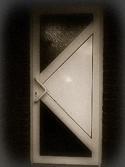 Eine sichere Haustür als Basis des Einbruchsschutz fürs Haus